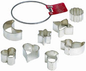 Kaiser Gingerbread/Cookie Form 8PCS Set In A Metal Ring S Size