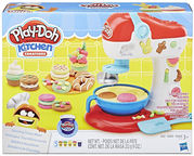 Hasbro Play-Doh Kitchen Creations Spinning Treats Mixer E0102
