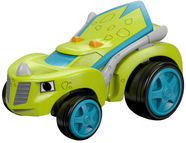 Fisher Price Blaze And The Monster Machines Race Car Zeg DTK21